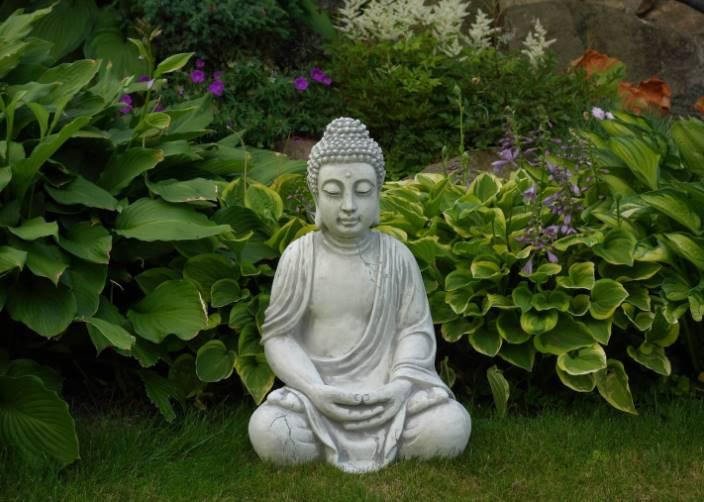 Statue de bouddha pour le jardin