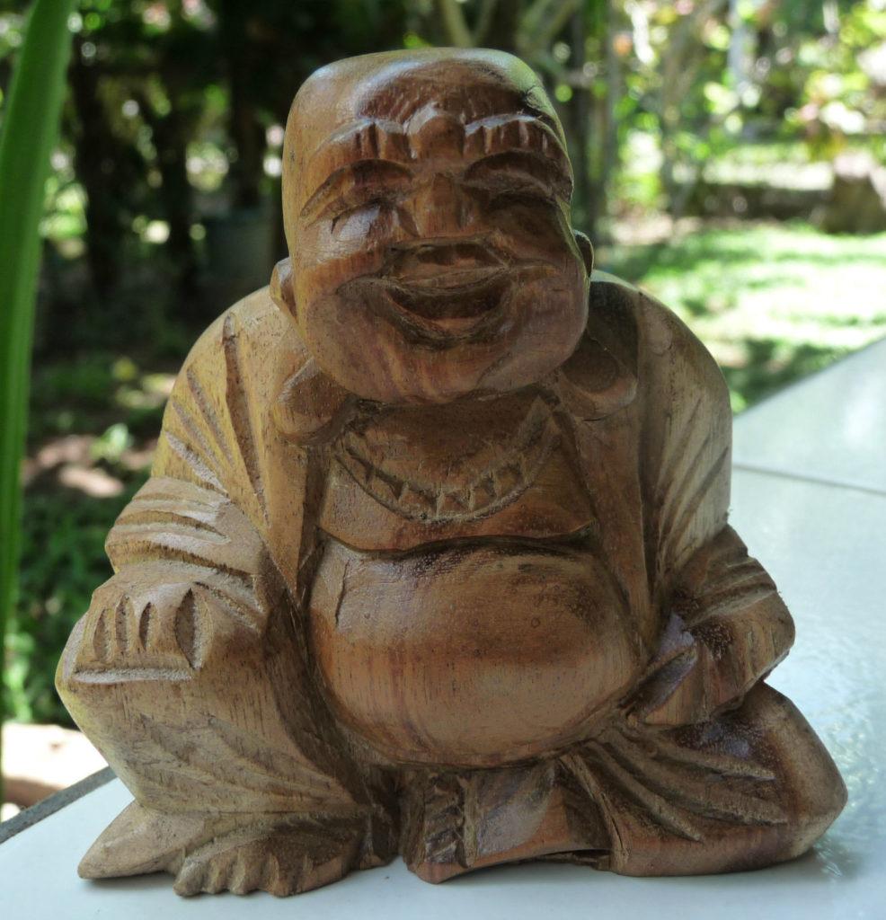 Gros Bouddha rieur en bois